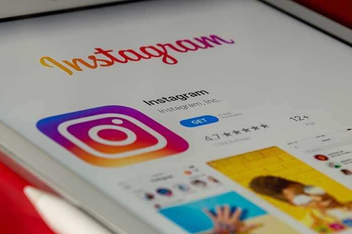 How-To-Create-Free-Instagram-Stories-With-Adobe-Spark