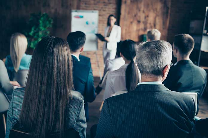 How-To-Deliver-High-Impact-Sales-Coaching